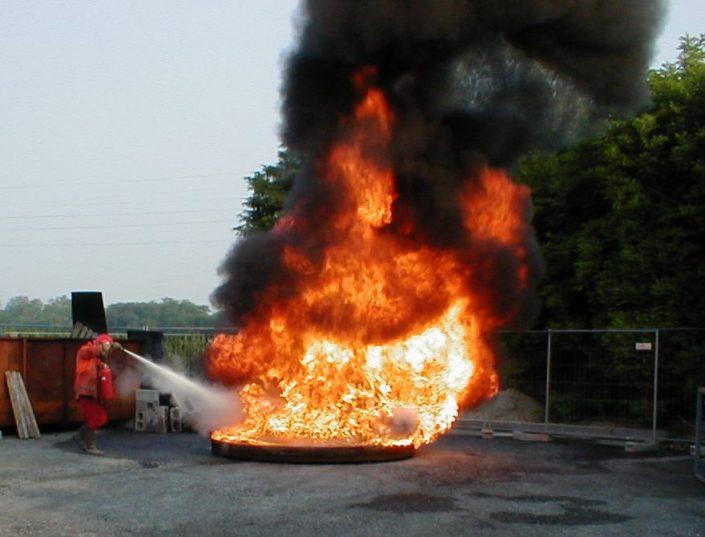 Corso pratico estinzione incendi Brescia